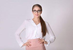 Kobieta z klasą, czyli jak nosić koszulę Kobieta o Podrywie